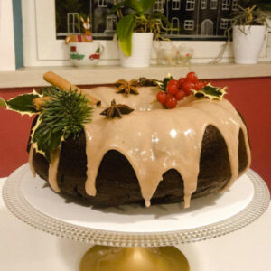 Vegan Bundt Gingerbread Cake
