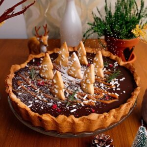 Salted Caramel Chocolate Pie (Christmas Edition)
